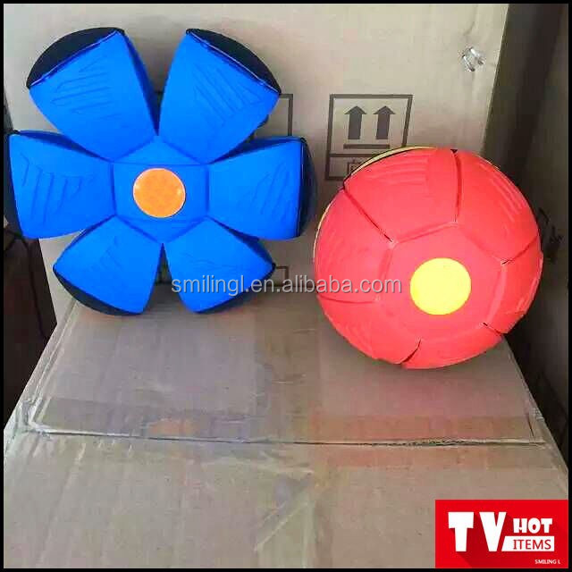 outdoor toy flying disc ball throw a disc , catch a ball,flying toy flat ball