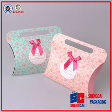 2014 newest paper bag design pillow paper bags with handle, gift paper bags with ribbon bow