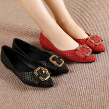 wholesale vintage women genuine leather snakeskin feminine solid color pointy toe buckle designer pump dress shoes