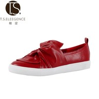 Latest Elegant Comfortable Red PU Upper Vulcanize Shoes Semi Casual Shoes for Women