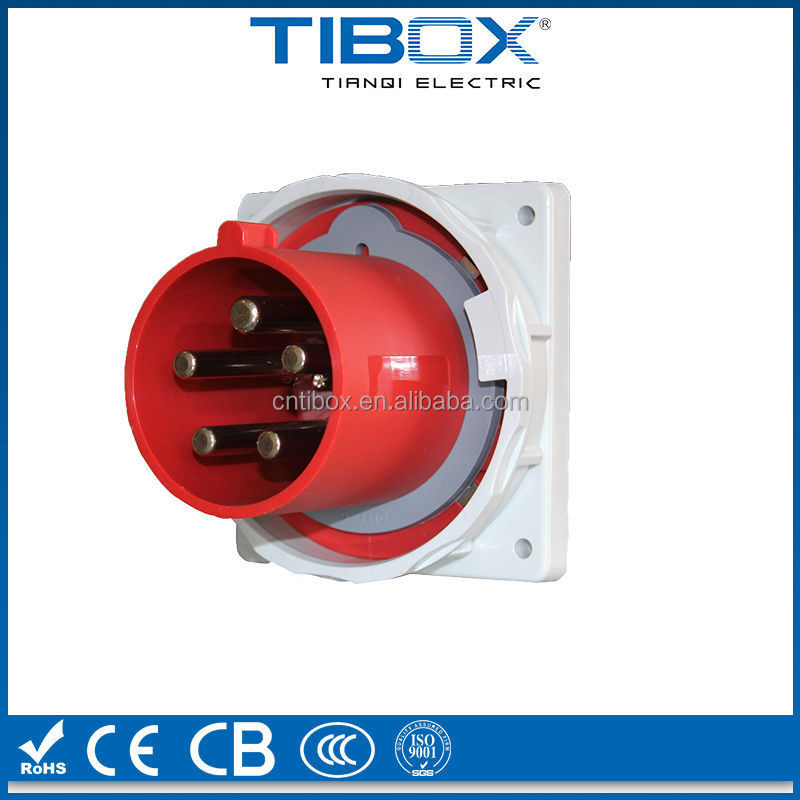 power waterproof and dustproof panel mounted plug IP44 16A 230V