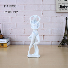 Factory custom made home wedding decoration sexy love kiss pose resin lover figurine