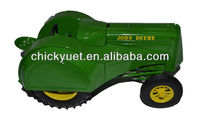 1:20 scale metal agricutural tractor toy