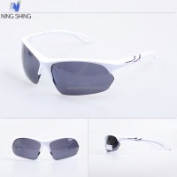 Top Selling Unisex Sport OEM Cool Sun Glasses For Men Sunglasses In China