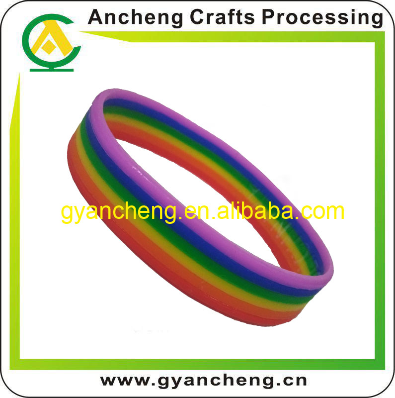 Promotional Novelty 2016 Horizontal Layers Rainbow Silicone Bracelet/Cheap Rainbow Rubber Bands
