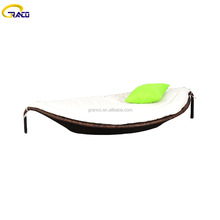 Outdoor furniture leaf shaped rattan poolside sun bed lounger