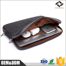 Unisex portable waterproof neoprene laptop sleeve case bag /tablet sleeve with USB charging port