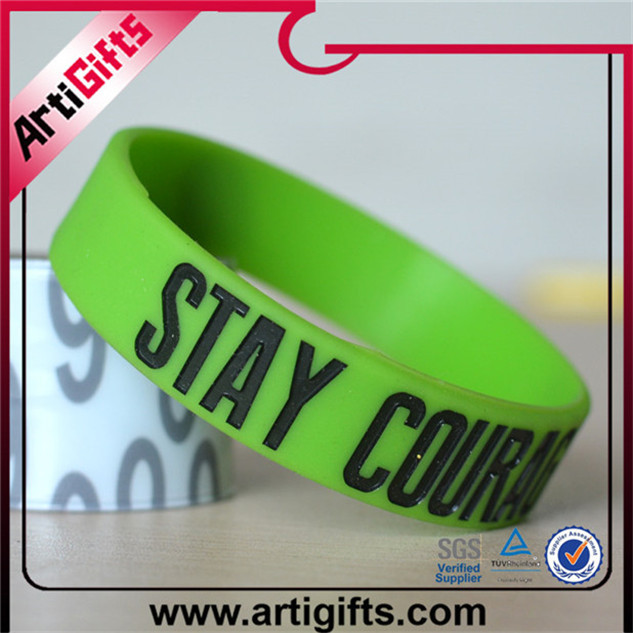Wholesale silicone high quality silicone wristband glow in the dark