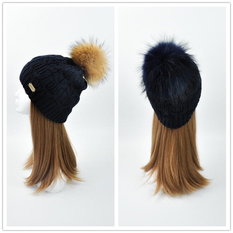 High Quality Wholesale Cheap Custom Raccoon Fur Bobble Beanie Hat Knitted Winter Hat