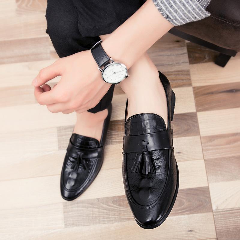 men winter italian fashion snake skin brogue leather oxford tassel slip on pointed toe shoes designer male formal cool footwear  (20)