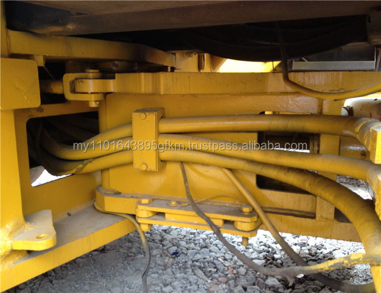 used original Sweden CC211 compactor for sale