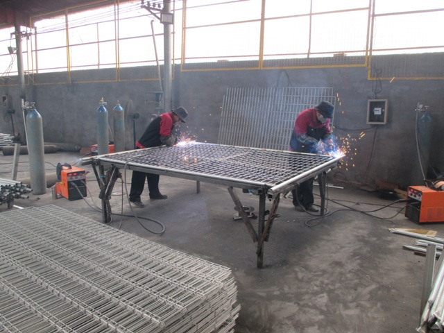 Welding Frame And Mesh