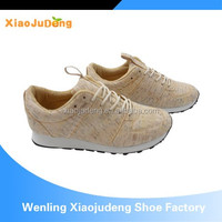 Unique Design Wooden Pattern Sports Shoes for Running Factory Price