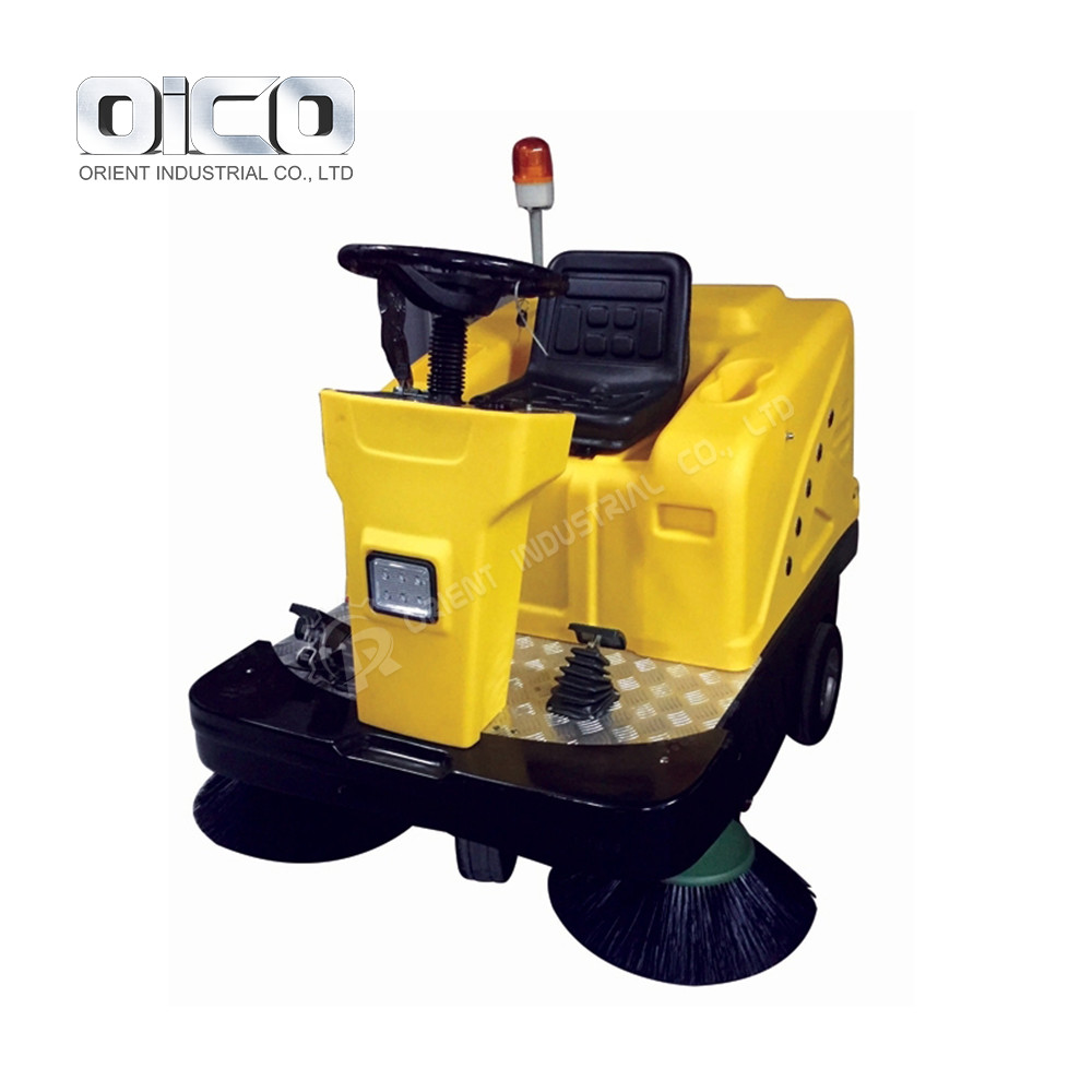 C200 Vacuum Cleaner Yard Mechanical Road Sweeper Ride On Sweeper