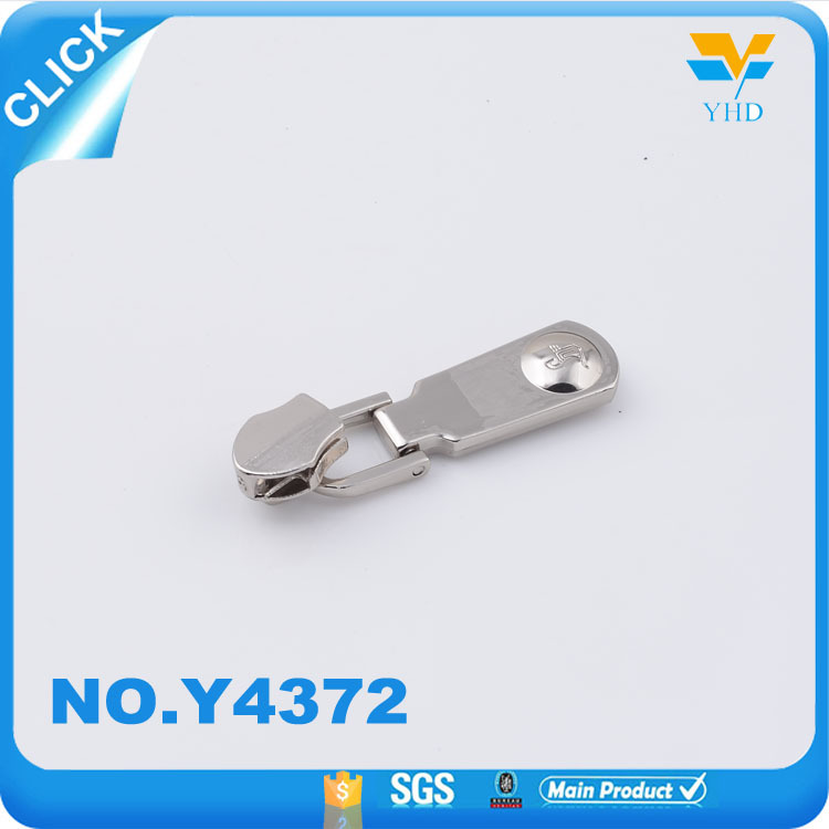China factory making zinc alloy wholesale metal tape zipper puller