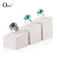Oirlv Custom Logo Creamy White Linen Wedding Ring Display Holder Exhibitor Sets Jewelry Stand