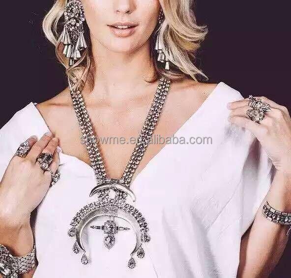 alibaba express in spanish Fashion kuchi tribal necklace Vintage cool horn pendant necklace vintage
