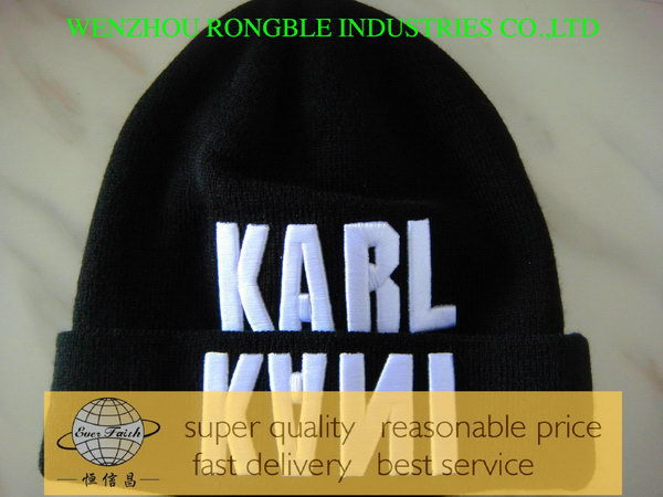 Economic hot selling small quantity custom acrylic beanie