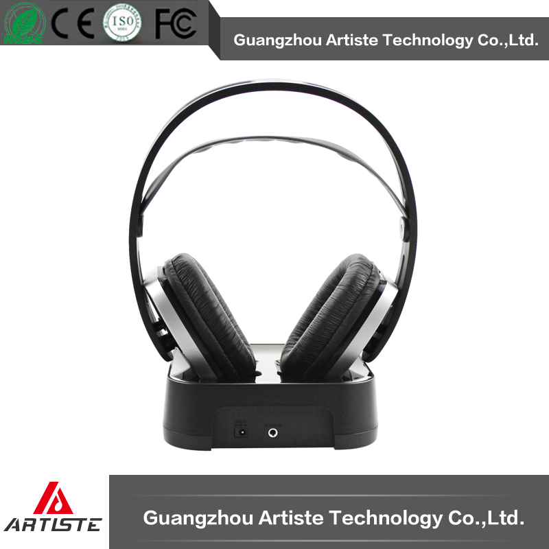 Wireless stereo silent party headphones and transmitter