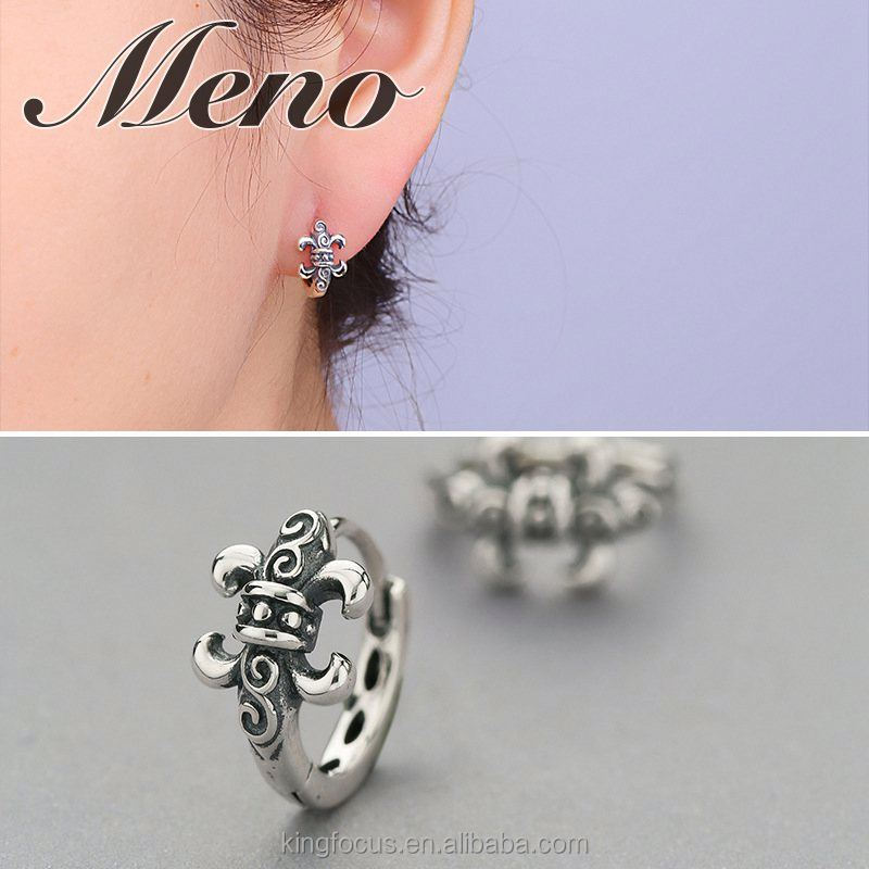 Meno S925 silver stud lady fashion England style Retro oxide earrings