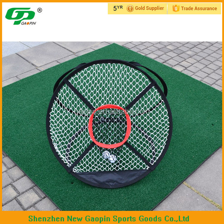 Backyard golf chipping net
