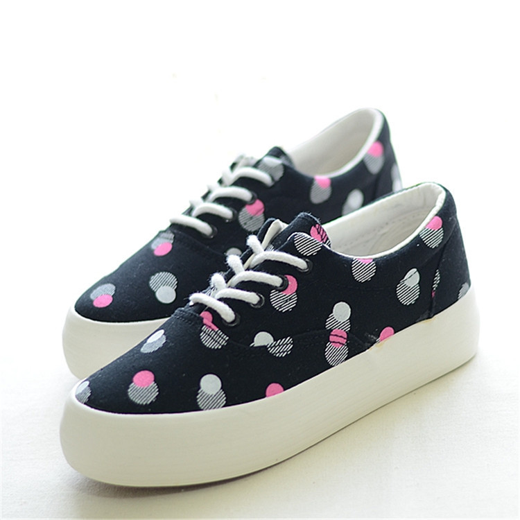 Hot Sale Fashion Polka Dot Lace Up Women Sneakers Brand 2015 Platform Canvas Shoes Low Top Height Increasing Shoes Lady Sneakers