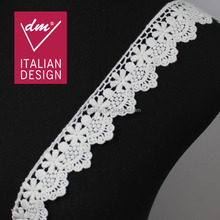 High quality 3cm width white scalloped cotton embroidery lace trimmings for clothes