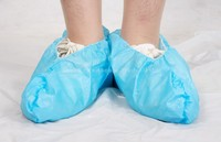 Disposable non woven and PE CPE overshoes