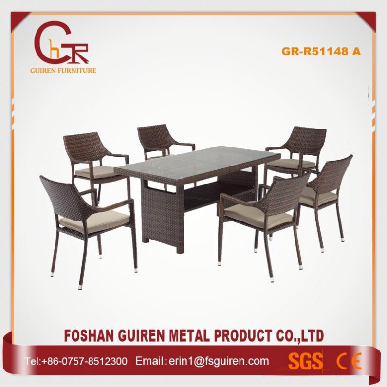 New Style Fascinating chatting table chairs set