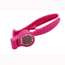 Best Prices different types red handle garlic press from manufacturer