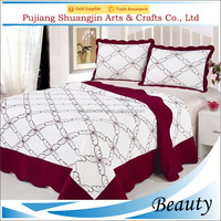 Red color embroidery bedding set 100% polyester king size quilted bed throw