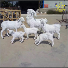 Wholesale for sale Outdoor Playground Lifelike Fiberglass Sheep Animal Sculpture