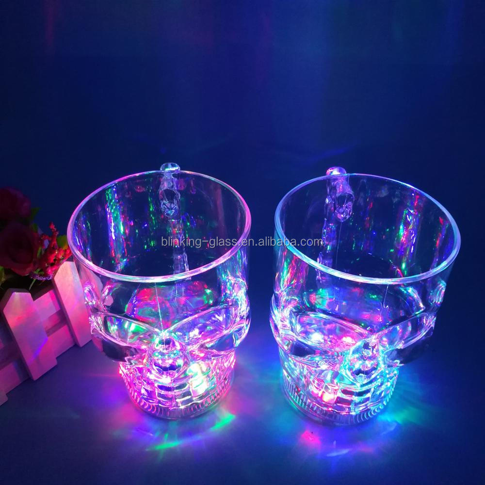 Hot sell Plastic Halloween skull shape light up plastic drinking glass