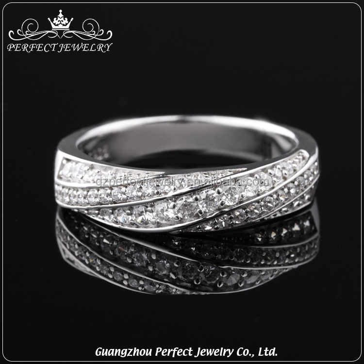 10 Pcs Low Moq Factory Price Wholesale High Quality Charming Diamond Engagement 925 Silver Ring