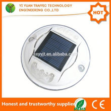 China factory wholesale CE ROHS Certificate flashing led road safety wireless solar driveway reflector marker