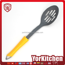 Latest popular Cheap Food Nylon slotted spoon kitchen accessories