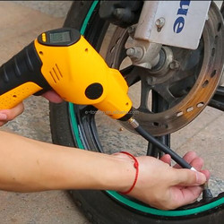 Multifunction hand 12v mini electric Cordless portable car tire inflator pump with TPMS