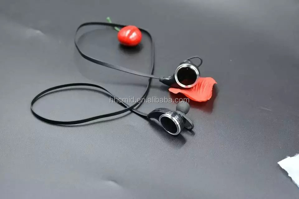 New Product Stereo 1 for 2 Bluetooth Wireless Headphones China Electronics Market