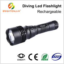 China Wholesale Waterproof 10w Super Light Zoomable Diving Led Flashlight