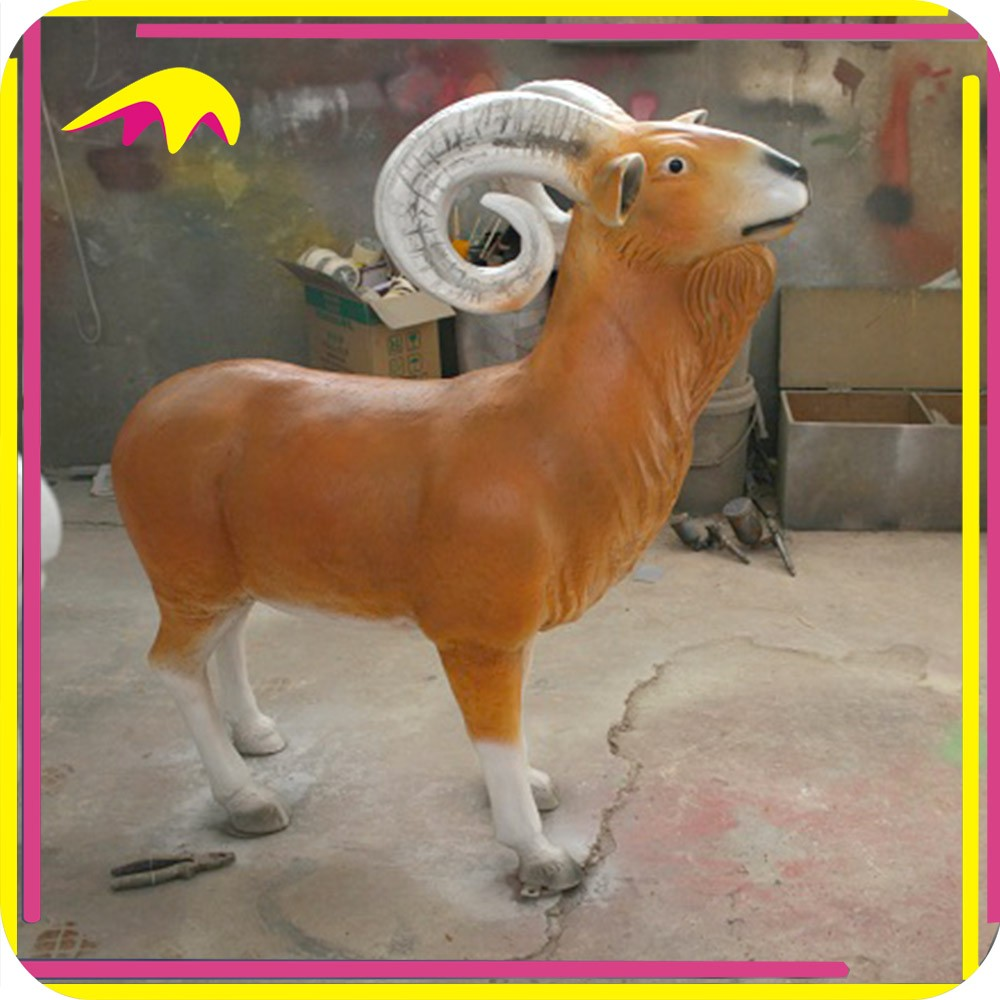 KANO9152 Outdoor Playground Animated Decorative Resin Goat Statue
