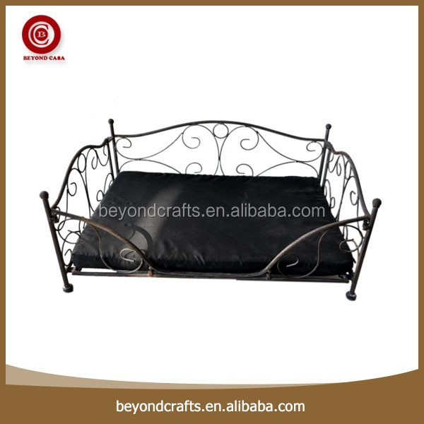 Hot sale outdoor comfortable square luxury small metal frame dog bed