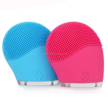 Mini Electric Facial Cleaning Massage Brush Waterproof Silicone Cleanser Dirt Remove LX-BF02