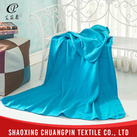 Wholesale soft touch fashion design royal blue throw blanket