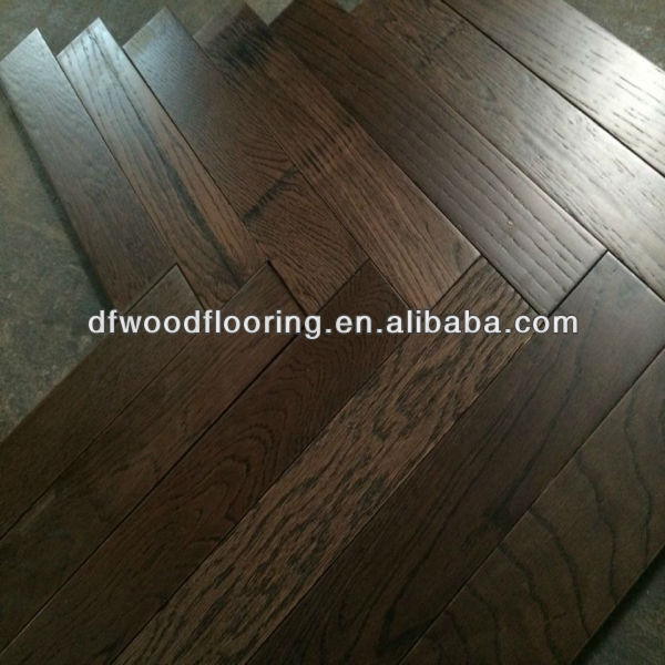 Brushed European Oak Herringbone Parquet Engineered Wood Flooring