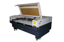 hot sale metal tube laser cutting machine low price with servo motor