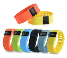 6 Colors Available New tw64 Smart bracelet Wristband Fitness tracker Bluetooth 4.0 fitness Watch for ios android