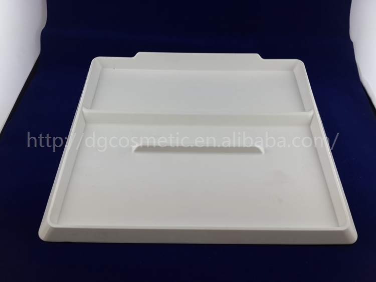 Guangdong Eco-friendly Cheap Plastic Serving Tray With Dividers