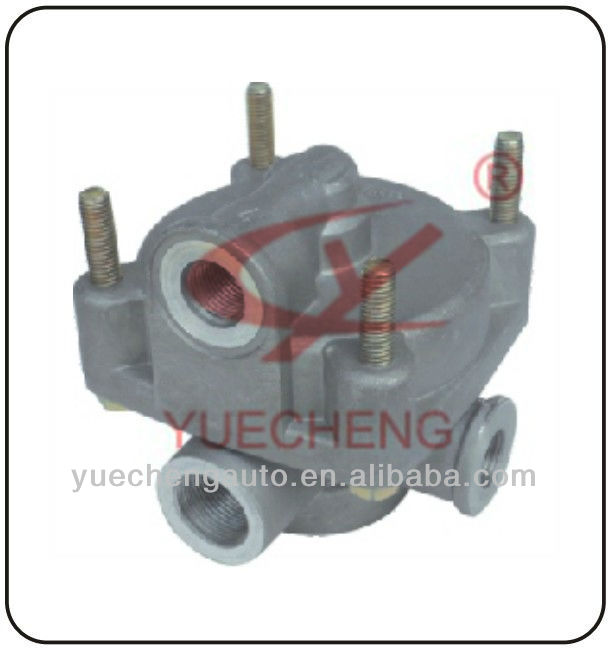 9730010100 9730010200 9730010130 1003518010 Pneumatic Relay Valve for Howo Volvo