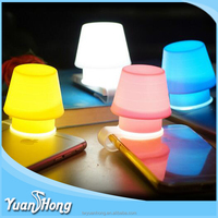 2016 new silicone phone compact light lamp cover with clip