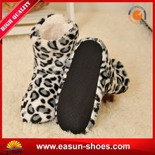 Free sample promotional brand name winter boots indoor fur boots cute warm boots